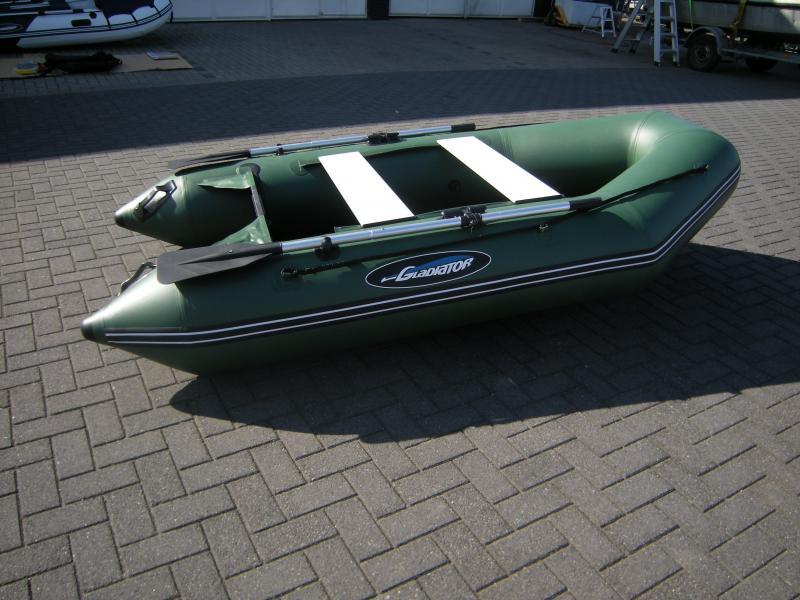 Rubberboot Opblaasboot Gladiator bij Beekman Watersport in Goes