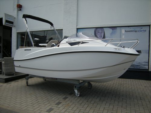 Quicksilver kajuitboot tourboot bij Beekman Watersport in Goes