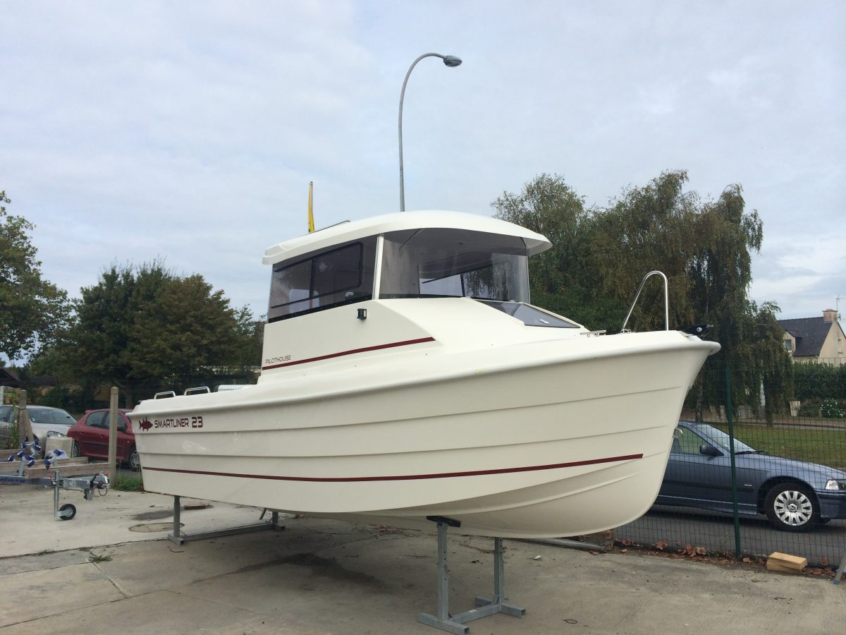 Smartliner Pilothouse 23