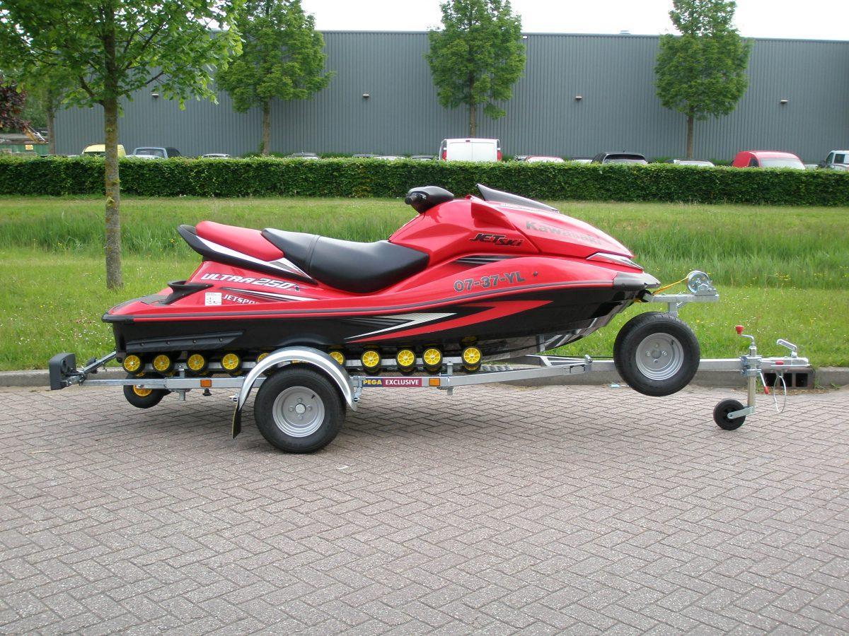 Pega rollertrailer voor waterscooter