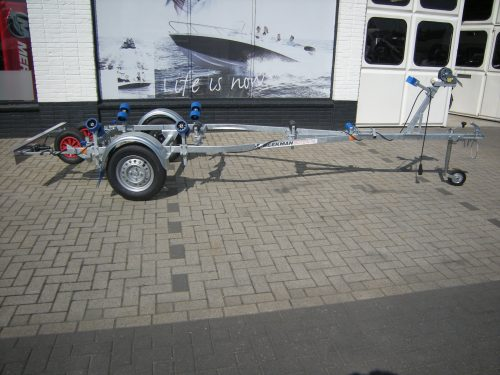 rollertrailer bij Beekman Watersport