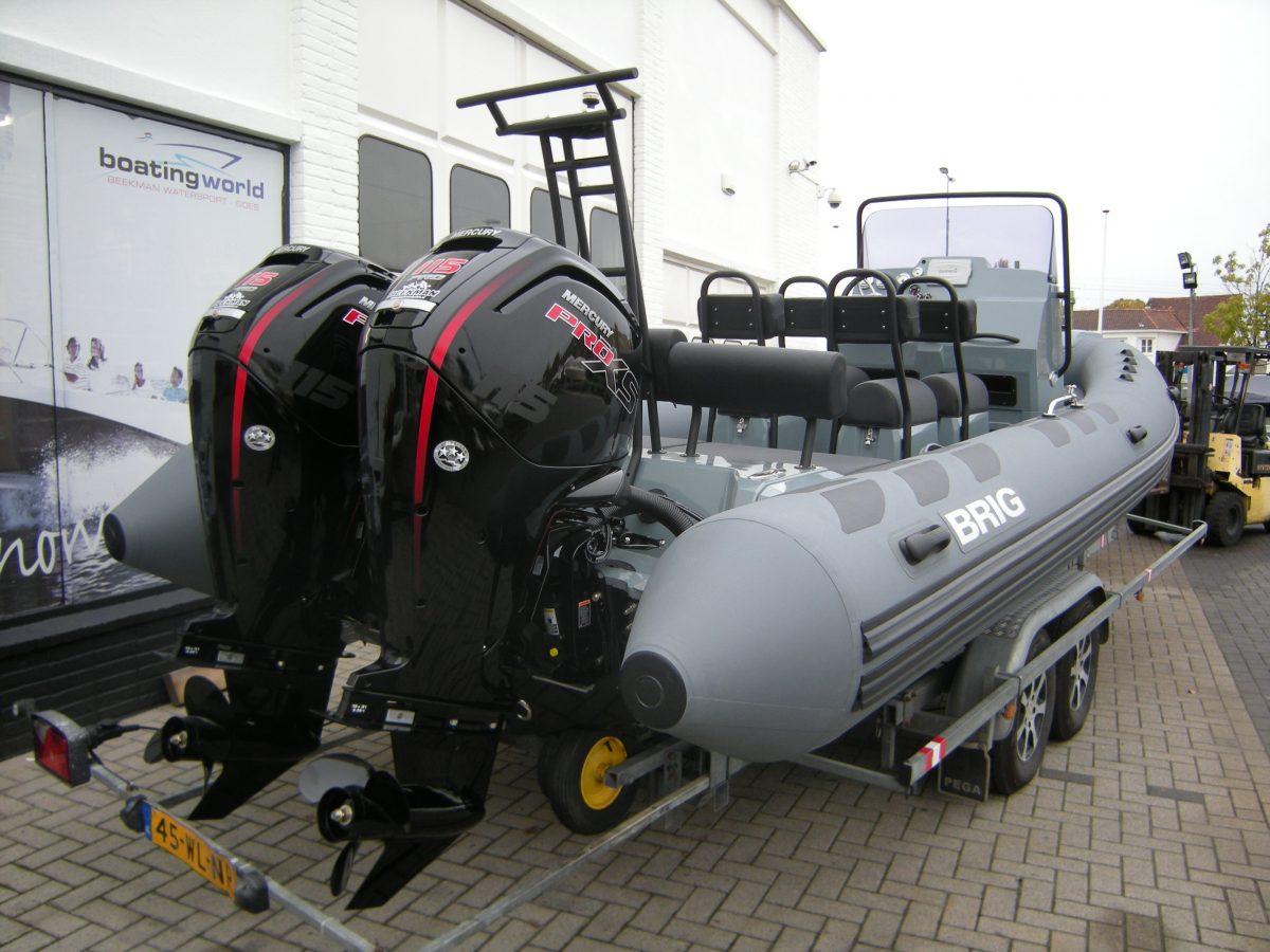 Brig 700 Navigator met twee maal 115 PRO XS