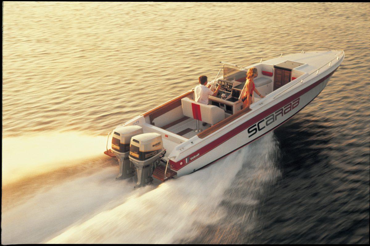 Powerboot met DT 200 uit 1985
