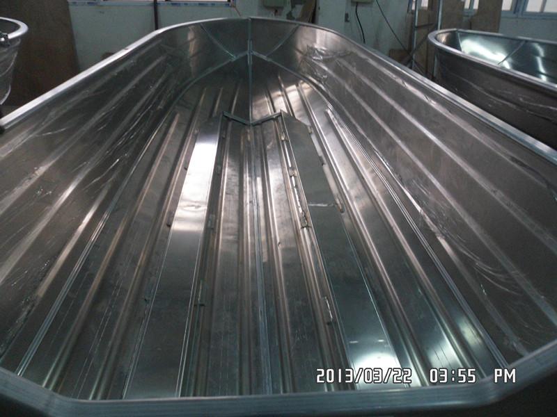 Aluminium vloer met twee stringers in de lengte